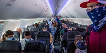 Viajes aéreos en la era del coronavirus: un diario visual de un vuelo